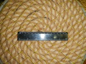 ячея 30мм 12 300x225 Сети для ограждения